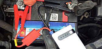 Фото подключение Джамп стартера к аккумулятору автомобиля