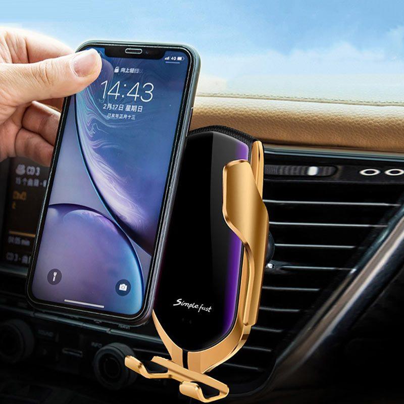 Картинка автомобильного автоматического держателя для телефона с зарядным устройством